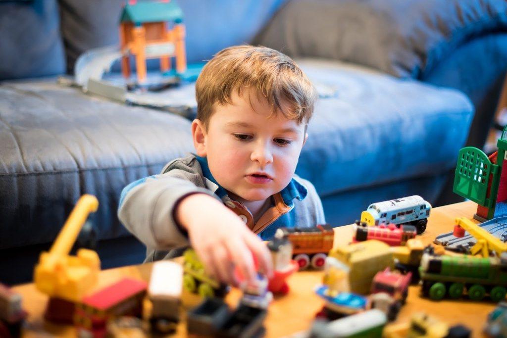 thomas and friends, toy train, boy-2435542.jpg